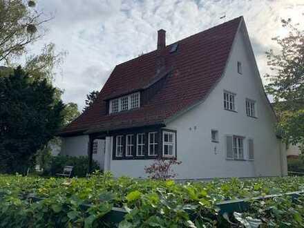 Liebhaberobjekt – Landhausvilla in Berlin-Dahlem (Zehlendorf)