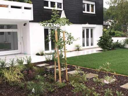 Erstbezug nach Sanierung mit Garten: freundliche 4,5-Zimmer-EG-Wohnung in Weingarten (Baden)