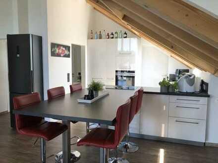 Attraktive 3,5 Zimmer Wohnung mit gehobener Ausstattung