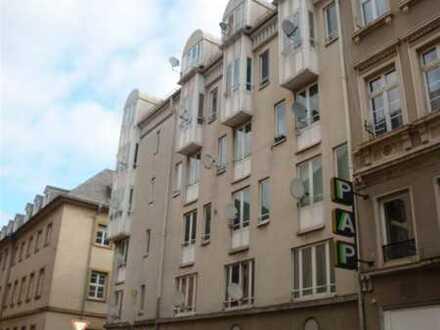 NEU! Modernisiertes, möbliertes 1 ZKB-Appartement in der Karlsruher Innenstadt zu vermieten.