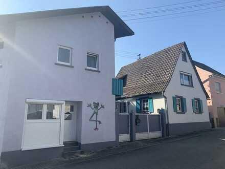 Sandhausen: 2 kl. Häuser für kreative Köpfe mit handwerklichem Geschick