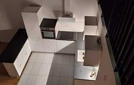 Très Chic: Erstbezug mit Einbauküche und Balkon, Einzigartige 3-Zimmer-Loft-Wohnung in Forchheim