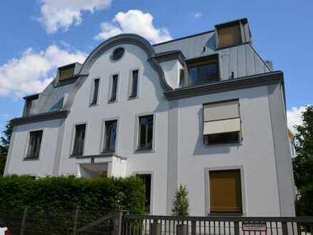 Große exklusive Wohnung in Köln-Marienburg