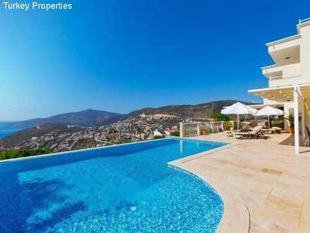 Elegante Villa mit fantastischem Meerblick