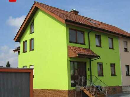 Modernes Einfamilienhaus mit großzügigem Grundstück zum Wohlfühlen