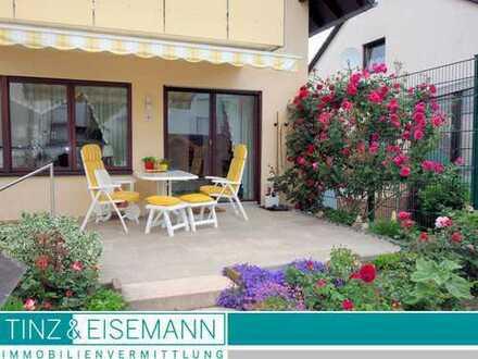 Gepflegtes Einfamilienhaus für die kleine Familie mit Garage und schönem Garten in Untergrombach