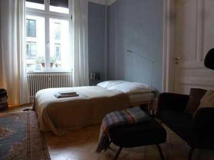 Möbliertes Zimmer im schicken Altbau im Frankfurter Bahnhofsviertel (Mietzeitraum 15/11/2016 bis 15/