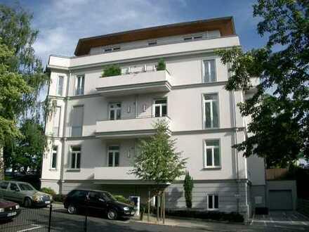 Praxis-, Büro-/Wohnbüro mit eigenem Zugang in stilvollem Villenanwesen im Kurviertel des Kaiserbades