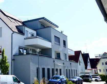 Neuwertige 3-Zimmer-Wohnung mit Balkon, Aufzug und Einbauküche in Gäufelden-Nebringen