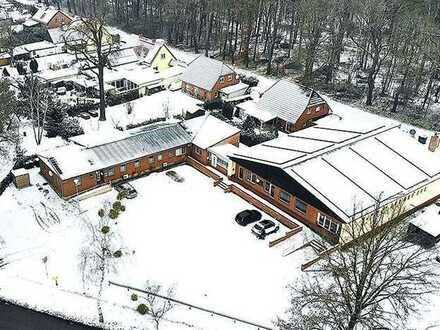 Voll vermietetes, gepflegtes Wohn-/Gewerbeobjekt mit Parkflächen sowie Photovoltaikanlage (Dach)