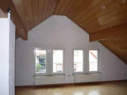 Traumhafte Dachwohnung in Mainz-Finthen