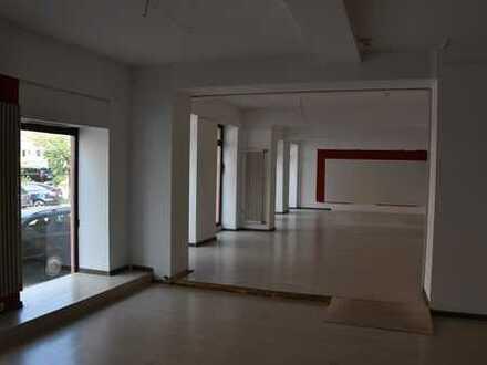 Großzügige Verkaufs-/Bürofläche in zentraler Lage - 165m² im EG