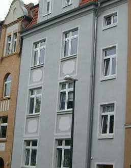 Attraktive 3- Zímmer-Eigentumswohnung mit Balkon im Dichterviertel in ruhiger Lage in Bitterfeld