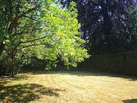 Diesen Sommer im eigenen Garten! Schönes Haus im begehrten Alt-Huckingen
