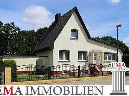 Saniertes Einfamilienhaus mit Wintergarten und Vollkeller