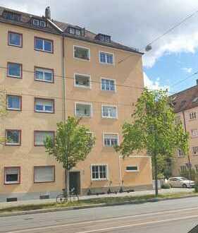 Erstbezug nach Sanierung! 4-Zimmer-Wohnung mit Loggia!