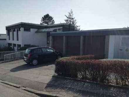 Attraktive 4-Raum-EG-Wohnung mit EBK und Terrasse im Dortmunder Süden / möbliert möglich