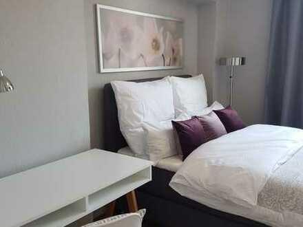 Renoviert und neu möbliert: stylische 2-Zimmer-Whg., zentral in der Altstadt!