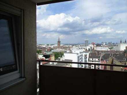 1 1/2 Zimmer Wohnung 33 qm / Balkon Teil-Möblg