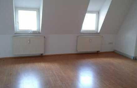 Moderne Dachgeschoßwohnung !