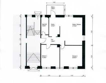 Sanierte 3 bis 4-Zimmer-Wohnung mit großer Einzelgarage und Pkw-Außenstellplatz nahe Schlossgarten