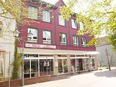 Geräumige, vollständig renovierte 1-Zimmer-Wohnung Inkl. PKW-Stellplatz in Bad Münder am Deister