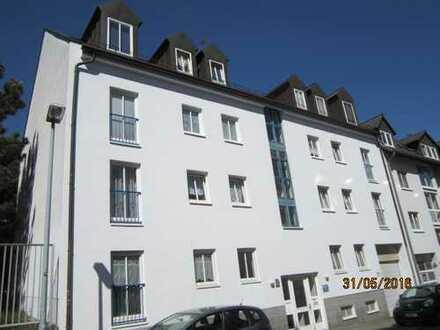 3 Zimmer mit Galerie und kl. Balkon im DG in Lindenau