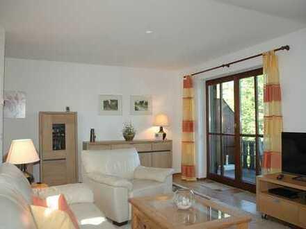 Eine klasse Gelegenheit! Charmante 2 Zimmer Dachgeschosswohnung in Seenähe und ruhiger Lage von Bad