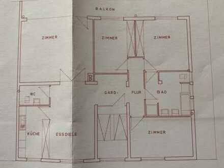 Neuwertige 5-Zimmer-Penthouse-Wohnung mit Balkon in Baden-Baden