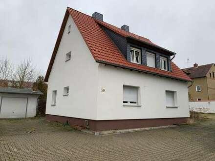 Saniertes Einfamilienhaus und kleines Bürohaus in absolut zentraler Lage von Helmstedt (1800qm)
