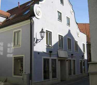 3-Zi-DG Wohnung mit Terrasse im Herzen der Altstadt Abensberg