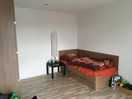 vollmöbilierte 1,5-Zimmer-Wohnung für Studenten/Auszubildende in Garching bei München