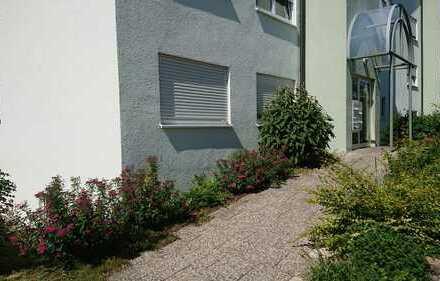 1-Zimme im Erdgeschoss, Einbauküche, Terrasse