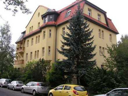Wohnen mit Erker und zwei Balkonen, Nähe Uni
