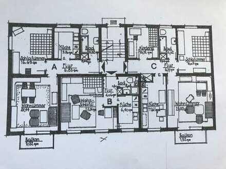 Renovierte 1-Zimmer-Küche-Bad Wohnung mit neuer Einbauküche in Neuäß