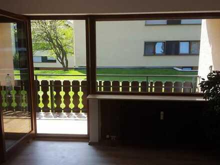 Schöne, geräumige ein Zimmer Wohnung im Luftkurort Bad Liebenzell-Monakam