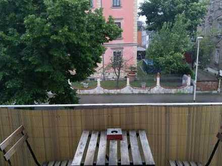 Schönes WG Zimmer mit Balkon beim Großen Garten