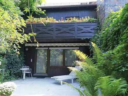 Gepflegte Doppelhaushälfte mit bezauberndem Garten