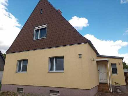 Wohnen auf Zeit. Gepflegtes 5-Zimmer-Einfamilienhaus mit EBK in Spandau, Berlin-Spandau