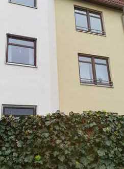 Sanierte 3-Zimmer-Wohnung mit Balkon und EBK in Augsburg Lechhausen-West