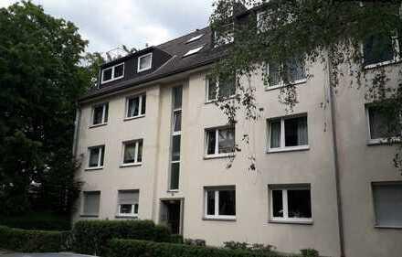 Ruhige und stilvolle 3-Zimmer-Maisonette-Wohnung mit Loggia in Braunsfeld, Köln