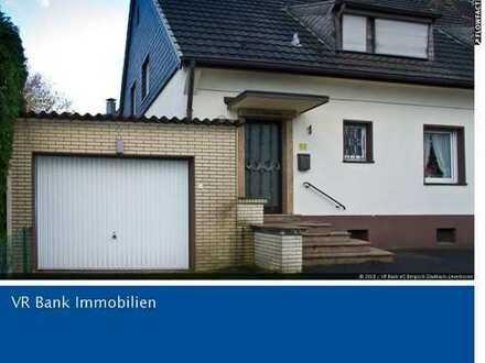 Zentrumslage Rösrath - Doppelhaushälfte mit Einliegerwohnung