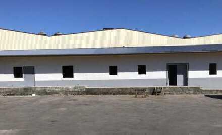 Gewerbehalle/Lager mit Freifläche