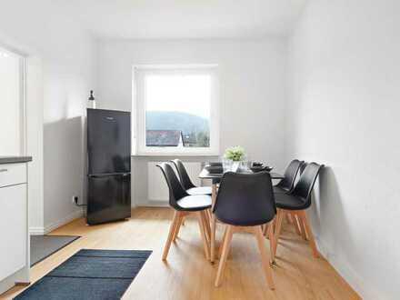 14 qm Einzelzimmer in luxuriöser Altbau Traumvilla am Neckar (WLAN + Reinigung inklusive)