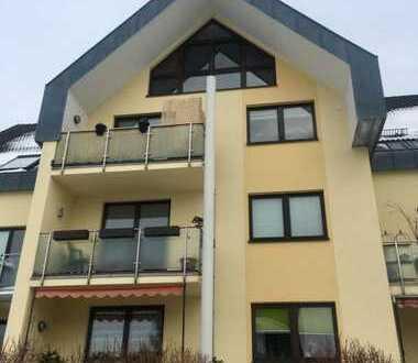 Schöne 2-Zimmer-Maisonette-Wohnung mit Balkon und EBK in Limbach-Oberfrohna