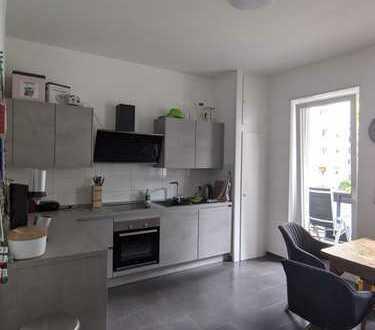 Schöne, gut gelegene Wohnung mit Balkon im Pfalzplatz