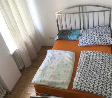 Perfekte Location! WG-Zimmer für 1-2 Personen. 500meter bis S-Reeperbahn.
