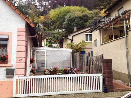 Einfamilienhaus in idyllischer Lage mit Blick über Münchweiler (ohne Makler)