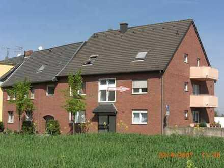 EU-Kuchenheim - Ortsrandlage, helle 2 Zimmer Wohnung mit Balkon