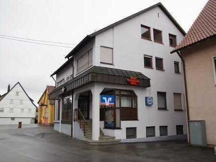 Wohn- und Geschäftshaus im Ortskern